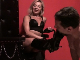 Lady Bianca Boot domination