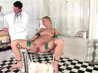 Raunchy C.J. fucks her horny doctor