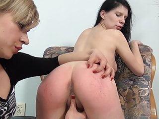 Lesbian BDSM - Hot slave gets disciplined by her misteress