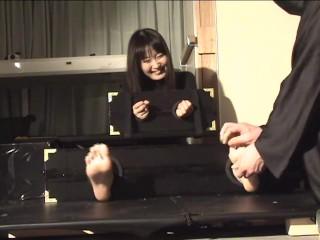 Japanese feet tickle11